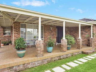281 Somerville Rd Hornsby Heights , NSW, 2077