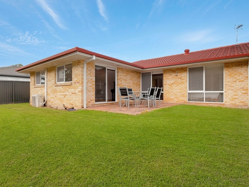 28 Silver Glade Drive Elanora, QLD 4221