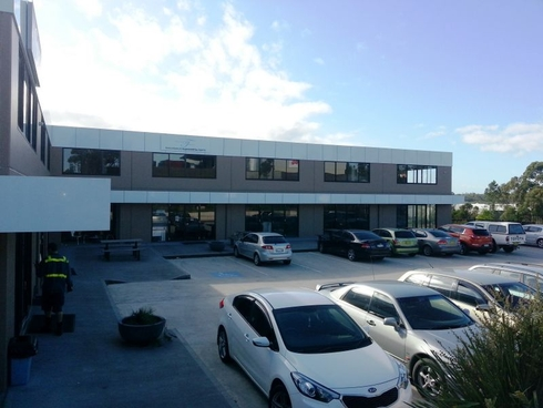 Unit 8/1 Sailfind Place Somersby, NSW 2250