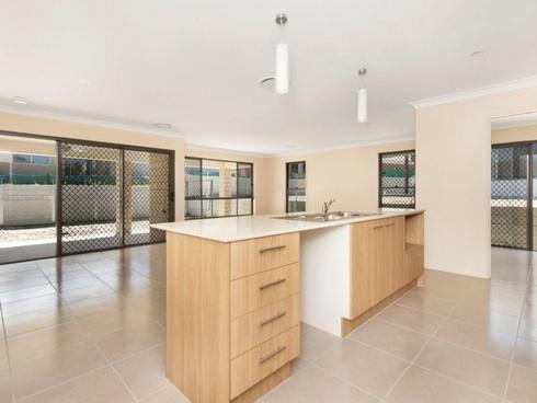19 Gatina Crescent Coomera, QLD 4209