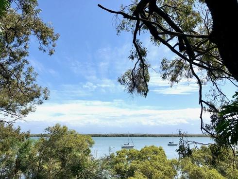 98 Western Road Macleay Island, QLD 4184