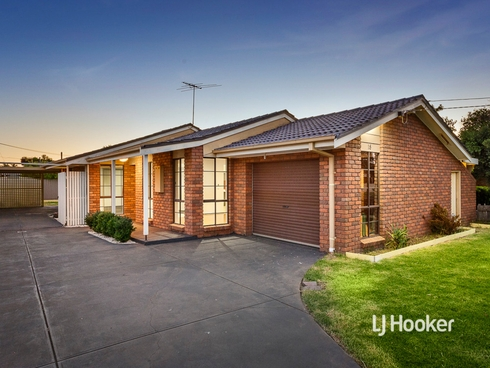 15 Knightsbridge Avenue Altona Meadows, VIC 3028