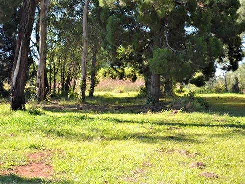 15 Cooee Crescent Macleay Island, QLD 4184