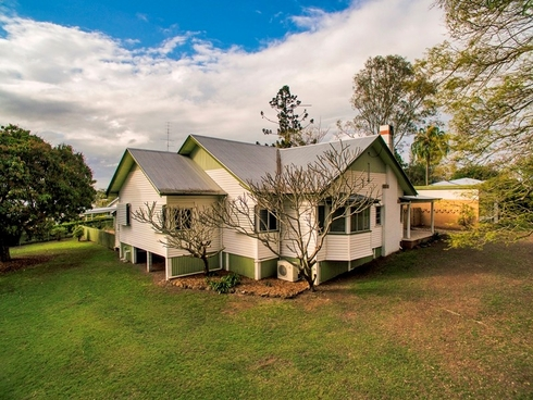 4 Popes Road Gympie, QLD 4570