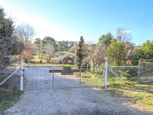 32 Campbells River Road Black Springs, NSW 2787