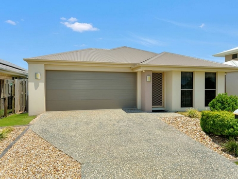 48 Fountain Street Pimpama, QLD 4209