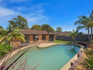 180 Cresthaven Avenue Bateau Bay , NSW, 2261