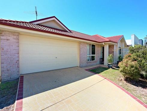 13 Dewdrop Place Ningi, QLD 4511