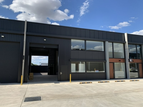 Unit 5/98 Sawmill Circuit Hume, NSW 2620