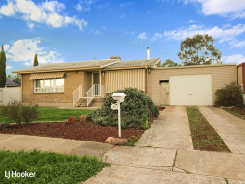 22 Dodd Place Ingle Farm, SA 5098