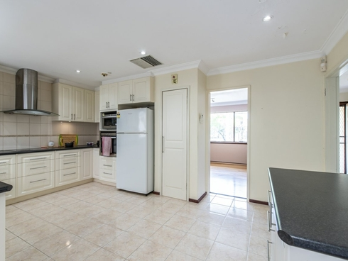 45 Ailsworth Court Thornlie, WA 6108