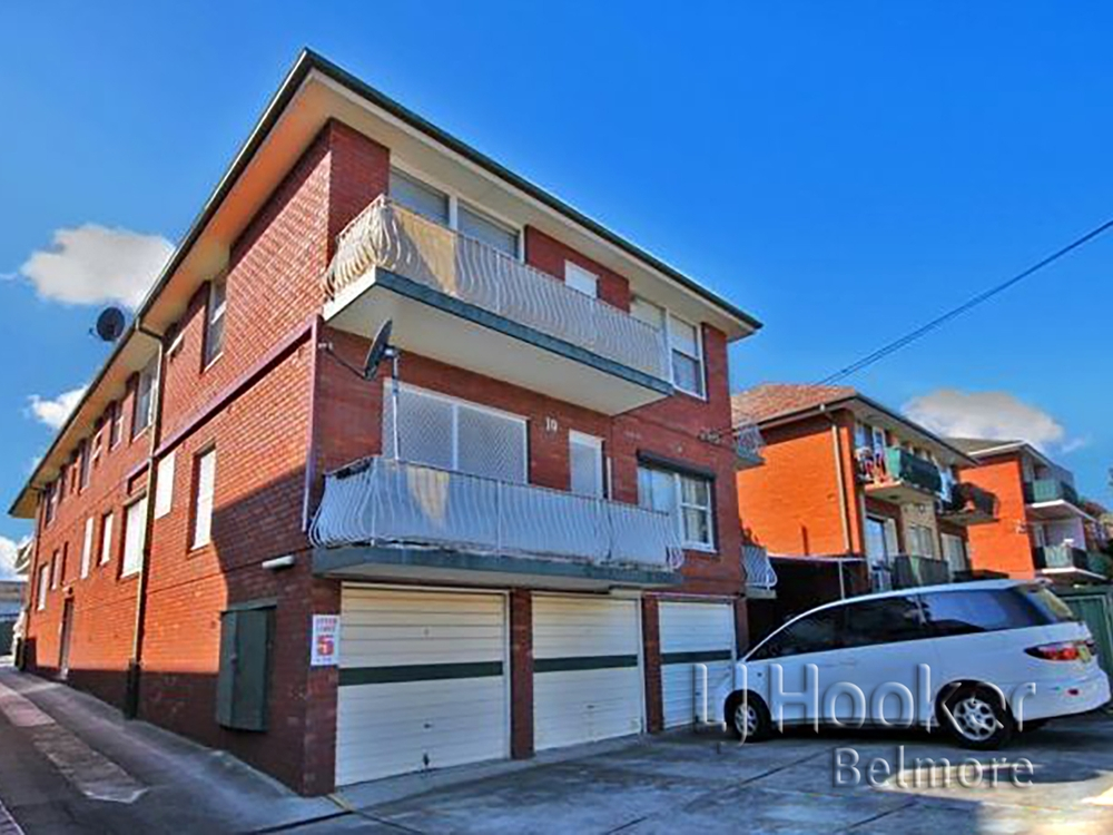 1/10 Denman Ave Wiley Park, NSW 2195