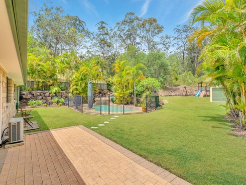 8 The Oval Drive Mount Nathan, QLD 4211