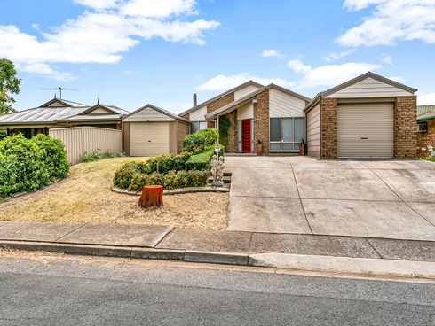17 Glenlivet Court Greenwith, SA 5125