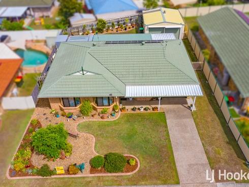 69 School Road Wynnum West, QLD 4178
