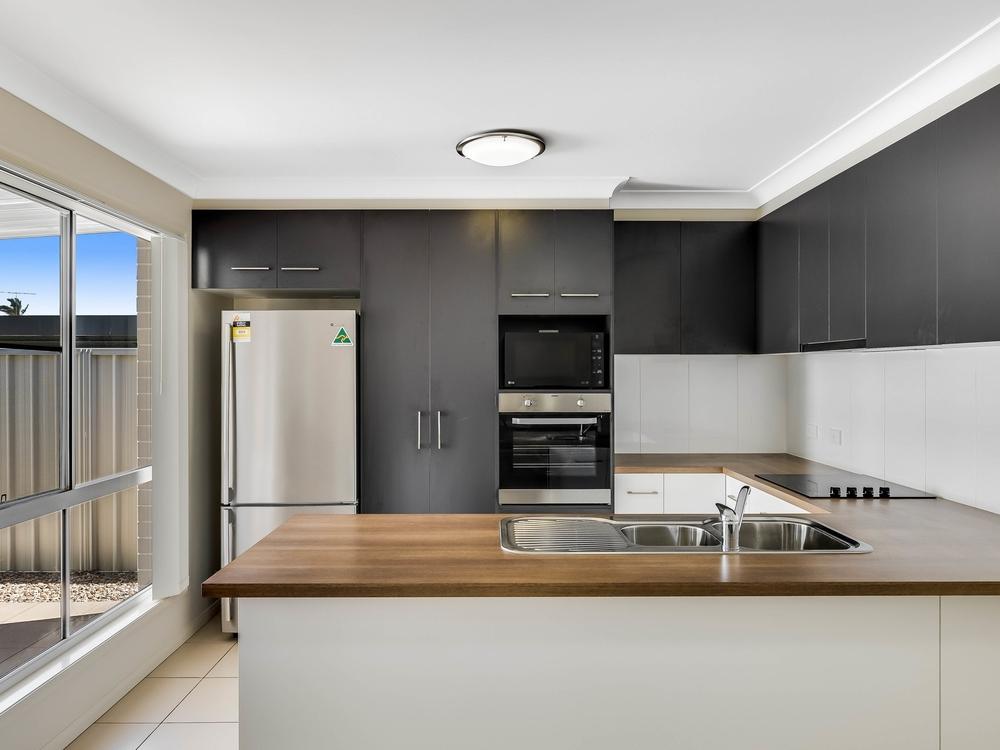 1/20 Payne Street Wilsonton, QLD 4350