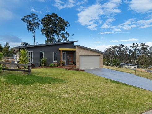 1 Apple Berry Place Batemans Bay, NSW 2536