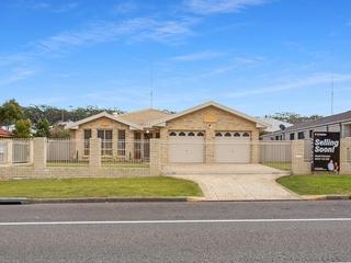 105 Bagnall Beach Road Corlette , NSW, 2315