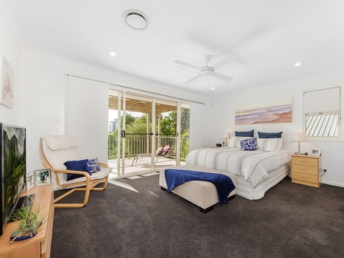 172 Easthill Drive Robina, QLD 4226
