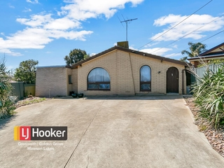 3 Annalisa Court Gulfview Heights , SA, 5096