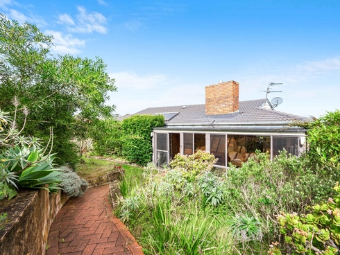 27 Elizabeth Street Moruya Heads, NSW 2537