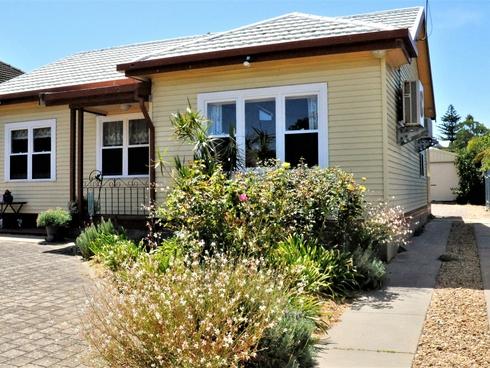 56 Hill Street Victor Harbor, SA 5211