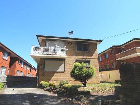 2/70 Ninth Avenue Campsie, NSW 2194