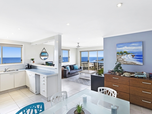 13/15 Barnhill Road Terrigal, NSW 2260