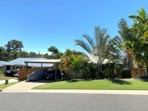 18 Richard Street Boyne Island, QLD 4680