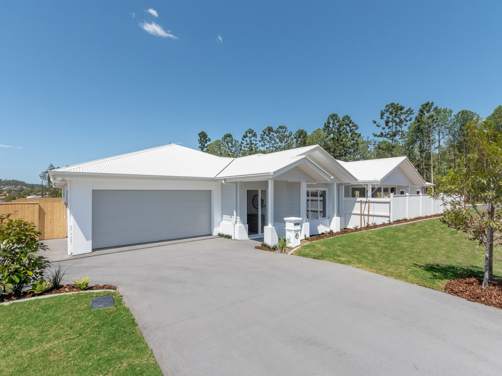 2/30 Kookaburra Circuit Maudsland, QLD 4210