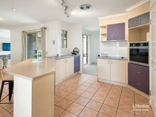 2 Virgo Place Eatons Hill , QLD, 4037