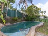 18 Cosway Street Hillcrest, QLD 4118