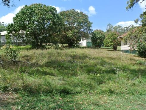 12 Rhodes Street Macleay Island, QLD 4184