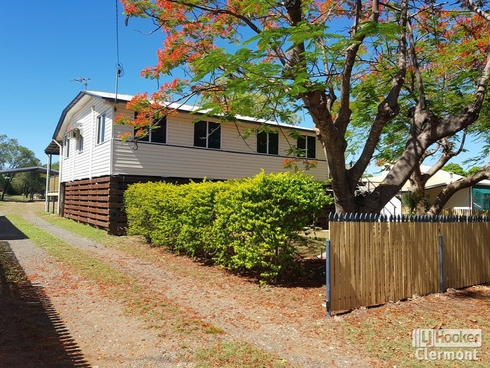 25 Kitchener Streeet Clermont, QLD 4721