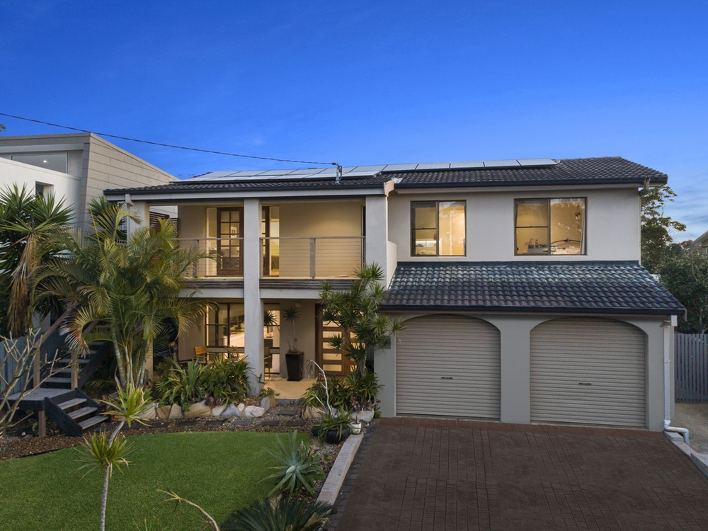 19 Barry Street Bateau Bay, NSW 2261