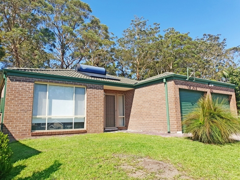 38 Wayfarer Drive Sussex Inlet, NSW 2540
