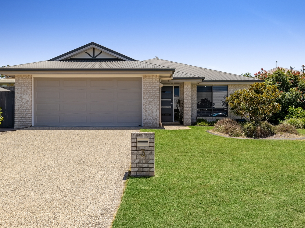 3 Gaudron Close Wilsonton Heights, QLD 4350