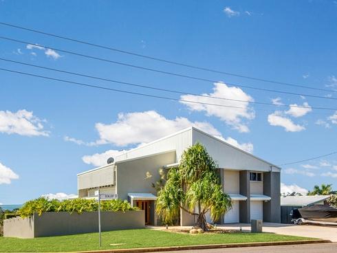 32 Scallop Street Tannum Sands, QLD 4680