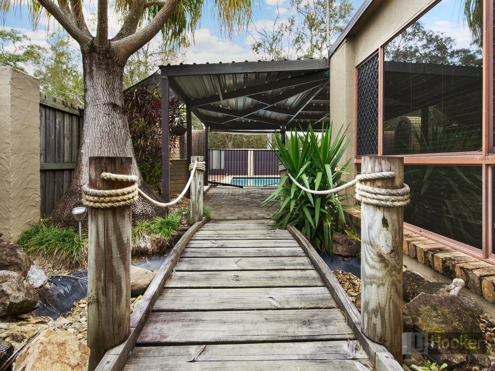 18 Kylie  Street Arundel, QLD 4214