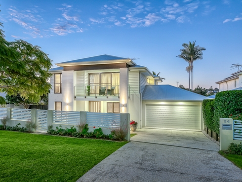 24 Fourteenth Avenue Kedron, QLD 4031