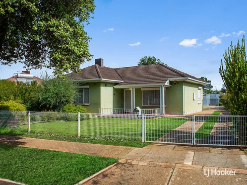 6 Underdown Road Elizabeth South, SA 5112