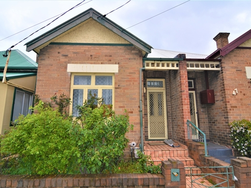 45 Read Avenue Lithgow, NSW 2790