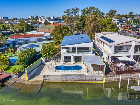 19 Perry Place Biggera Waters, QLD 4216