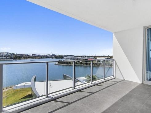 2306/397 Christine Avenue Varsity Lakes, QLD 4227
