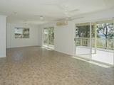 21 Coast Road Macleay Island, QLD 4184