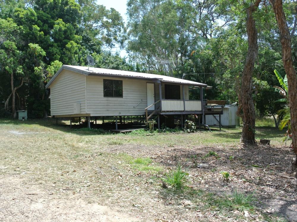 11 Kardinia Street Macleay Island, QLD 4184