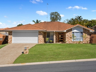 27 Howland Circuit Pacific Pines , QLD, 4211
