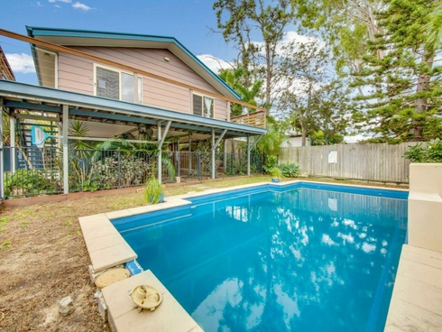 95 Malpas Street Boyne Island, QLD 4680