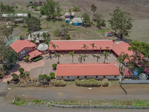10804-10816 Warrego Highway Charlton, QLD 4350