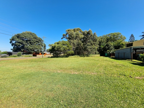 111 Canaipa Point Drive Russell Island, QLD 4184